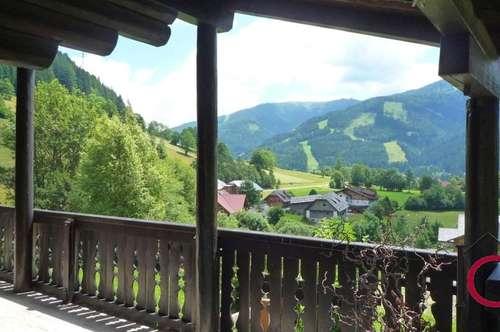 Gediegene Landhausvilla in ruhiger und traumhaft schöner Panoramalage