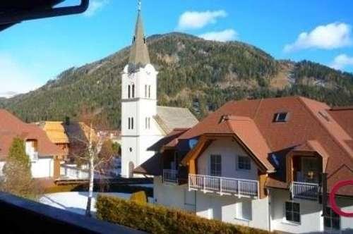 Gepflegtes, kleines Appartement mit Terrasse und Aussicht
