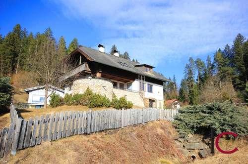 Schönes Landhaus in traumhafter Aussichtslage mit Doppelgarage und viel Liebe zum Detail