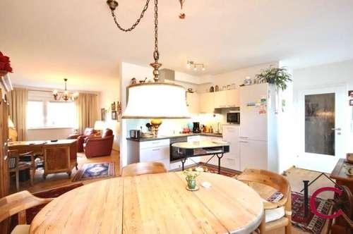 Neuwertige, hochwertig ausgestattete 3-Zimmer-Wohnung mit großer Terrasse und Tiefgarage