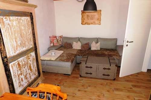 Ferienwohnung mit Küchenzeile und Bad & WC