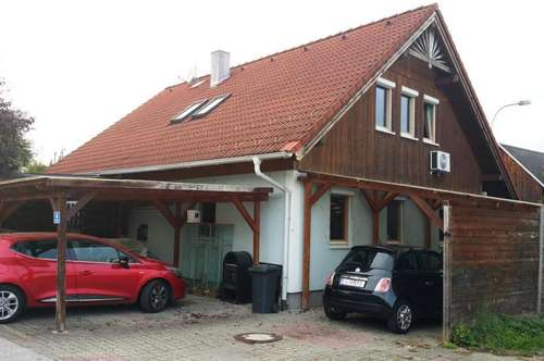 Interessantes Einfamilienhaus mit Garten und Swimming Pool