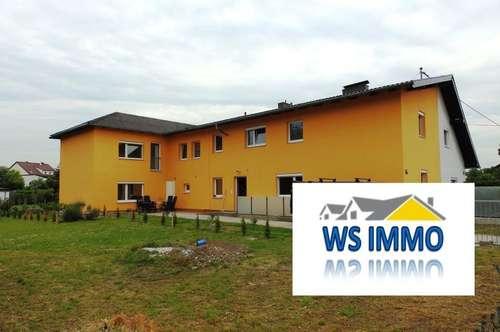 Mehrparteien- Familienhaus inkl. Garten und Garagen + Projekt bestehend aus 3 Reihenhäusern!