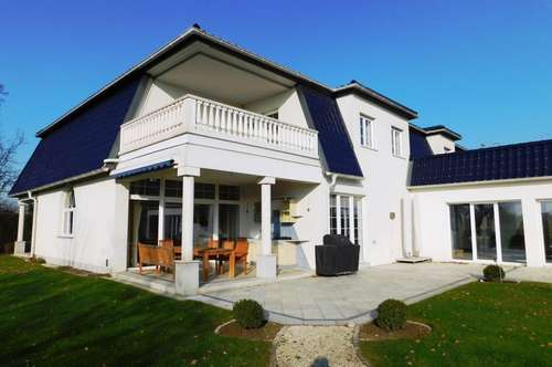Repräsentativ & Imposant - Villa für Ansprüche!