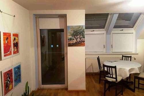 Helle Wohnung in KH Nähe, 72m² + 9m² Loggia, Tiefgarage