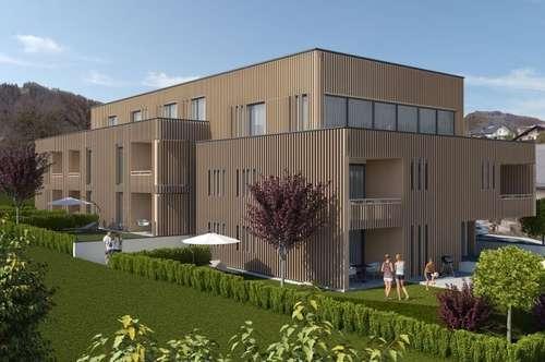 Zentrale, barrierefreie Zweizimmerwohnung mit großem Eigengarten und Loggia