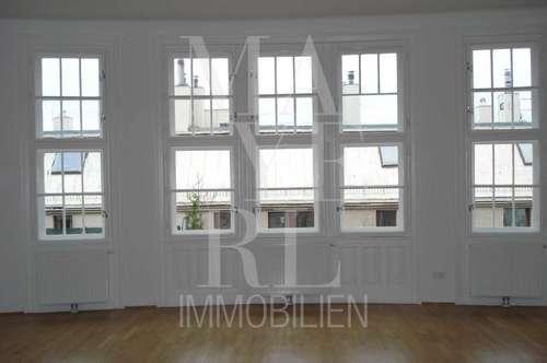 repräsentative, großzügige Wohnung mit kleinem Balkon in gepflegten Jahrhundertwendehaus - unbefristet