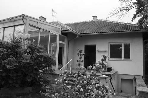 SANIERUNGSBEDÜFTIGES Einfamilienhaus mit großem GRUNDSTÜCK