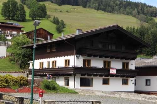 5753 Saalbach Hinterglemm: die Gelegenheit !! ; renoviertes Apartmenthaus 24-30 Betten in attraktiver Lage von Hinterglemm 12-14 Parkplätze,