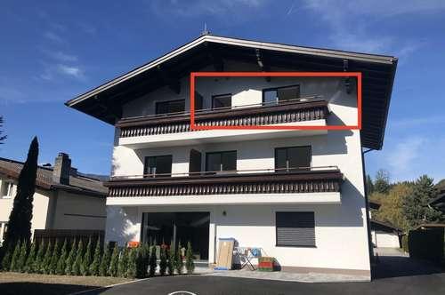 Bruck an der Glocknerstraße - komplett neu renovierte 2 Zimmerwohnung inkl Einbauküche mit Geräten zu vermieten! Top Lage ! Parkplätze vorhanden !