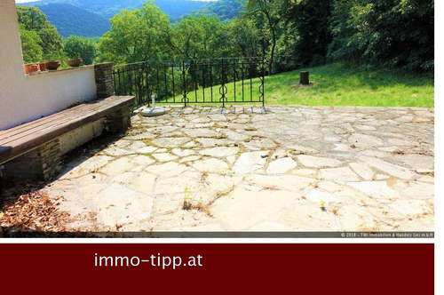 Hinterbrühl-Idyllischer Landsitz mit modernisierungsbedürftiger Villa