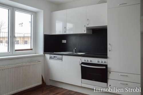 MIETE: Günstige 3-Zimmer-Wohnung in zentraler Stadtlage von Seekirchen