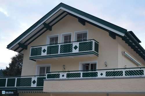 In Bergheim zuhause: 4 Zimmer Dachgeschoß-Wohnung mit Balkon und Pfiff...