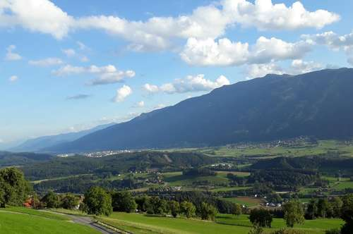 Grundstück Hühnersberg - sonnige ruhige Lage - nähe Spittal/Drau - barrierefreier Blick ins Tal - VERKAUFT