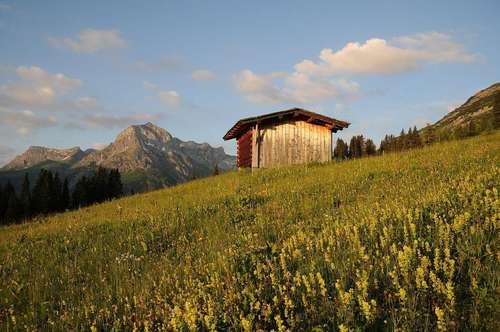 Lech Arlberg - Baugrundstück mit vielen Möglichkeiten | Lech Arlberg - rare building plot with various potential
