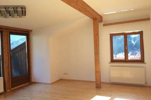 Helle 3-Zimmer-Dachgeschoßwohnung in Pfons