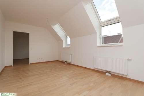 Traumhafte 2 Zimmer-Dachgeschoßwohnung - 47m² Wohnfläche mit 10m² Terrasse!