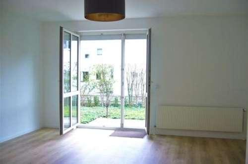 TOLLE 3 Zimmer Wohnung mit Terrasse, Eigengarten und Pkw Stellplatz in Bruck/Leitha
