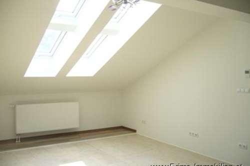 138 m2 Dachgeschoßwohnung, modernes Wohnen mit viel Freiraum im Zentrum von Bruck/Leitha