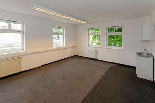 KLAGENFURT | Bürofläche ca. 43 m2 im Obergeschoß, eigene Kunden-Parkplätze