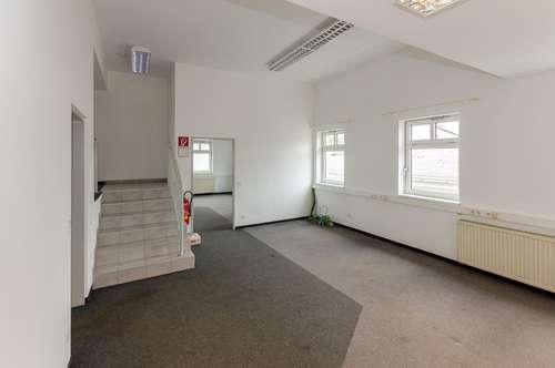 KLAGENFURT | Bürofläche ca. 120 m2 im Obergeschoß, eigene Kunden-Parkplätze