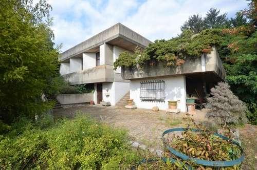 Architekten-Villa auf großem Grund mit Seeblick!