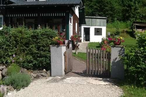 PROVISIONSFREI - Wundervolles Holzhaus mit großem Garten Nähe Dachstein-West