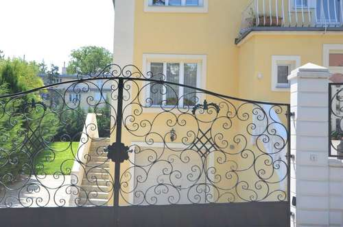 Döbling: Großzügige Stilvilla mit ebenem sonnigen Garten