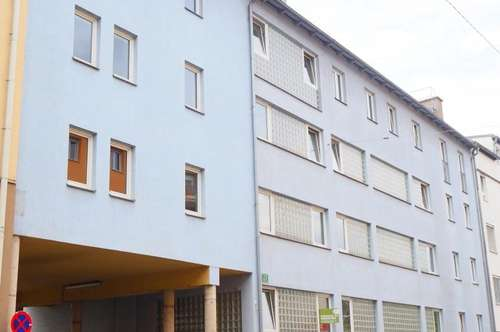 Helle 2-Zimmer-Wohnung mit Balkon - Fischergasse 23