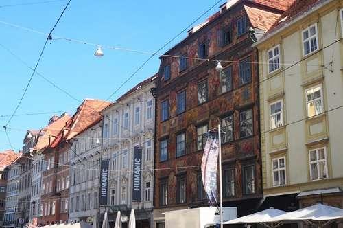 Wohnhighlight mitten in der City: Exklusive 2-Zimmer-Wohnung in wunderschönem Innenstadthaus