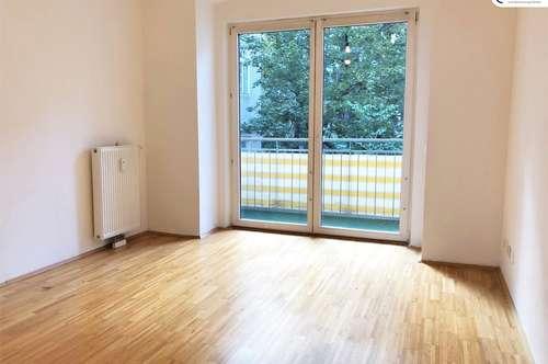 TOPLAGE: 2-Zimmer-Wohnung mit Balkon!