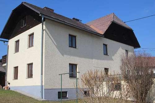 Großzügiges Wohnhaus mit Doppelgarage und Hobbywerkstatt