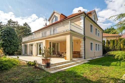 ++RARITÄT++ Herrschaftliche Villa in absoluter BESTLAGE mit uneinsehbarer Gartenanlage! Beratung gerne auch in Russisch!!