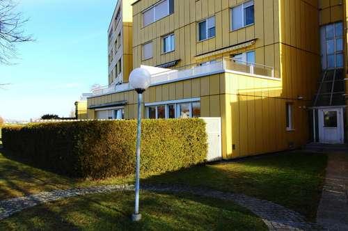 Moderne Eigentumswohnung mit Terrasse und Garten in zentraler Grünlage