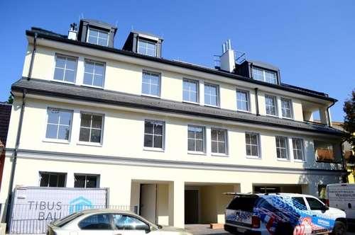 BEREITS BEZUGSFERTIG! Fotos folgen - RIESEN 4 Zimmer Wohnung mit TERRASSE inkl. PKW Abstellplatz! ab sofort verfügbar!