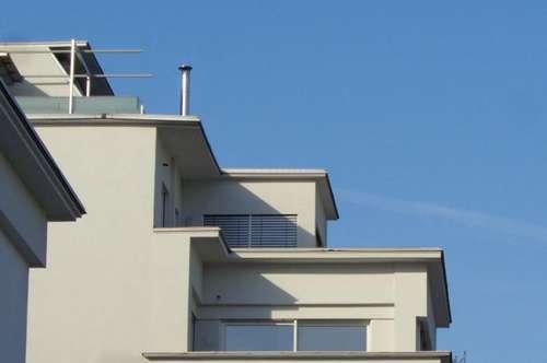HIGH UP TO THE SKY - Terrassenwohnung beim Rathausplatz mit traumhaftem Weitblick