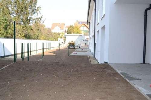 bereits Bezugsfertig! PROVISIONSFREI! ANLAGE OBJEKT! RIESEN 4 Zimmer + 2 Badezimmer + überdachte Terrasse + Gartenfläche + 1 PKW-Abstellplatz!