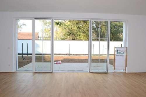 3 Zimmer + Terrasse + Gartenfläche + PKW-Abstellplatz! NEUBAU ERSTBEZUG! OHNE PROVISION! direkter Zugang von der Garage!