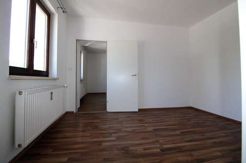 Sanierte Wohnung in St. Peter - sehr guter Zustand - zentrumsnah - gute Verkehrsanbindung