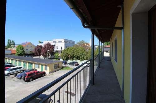 Nähe Graz Zentrum - Graz St. Peter - Perfekte 2-Zimmer Single- oder Pärchenwohnung mit Balkon - Sofort beziehbar - mit Freifläche