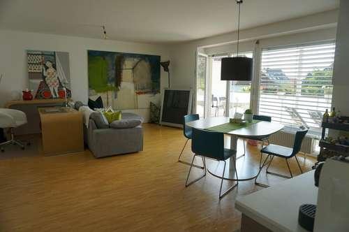 Wohnen im Grünen am Auberg mit großer Loggia - direkt vom Eigentümer !