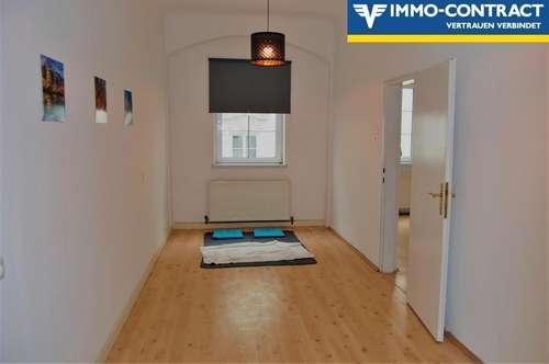 Perfekte Single- oder Pärchenwohnung in modernem Altstadthaus