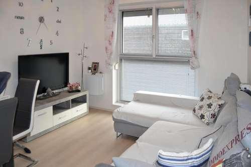 Sehr gut gelegene und helle Wohnung beim Schwimmbiotop in Fischamend mit Investablöse VB 3.900,--