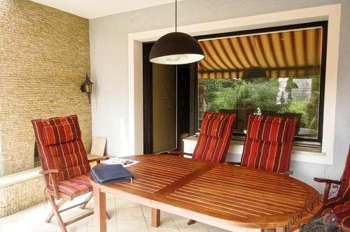 Tolles Einfamilienhaus ca.150m², mit kleinem Garten und idealer Verkehrslage!