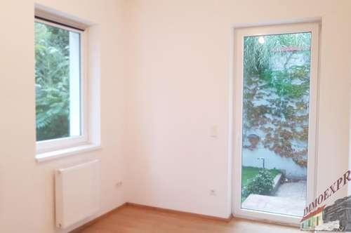 3-Zimmerwohnung in einem Zweifamilienhaus mit ca. 150 m² Garten !