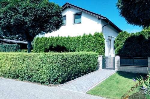 Einfamilienhaus mit Wintergarten u Garage am Badesee
