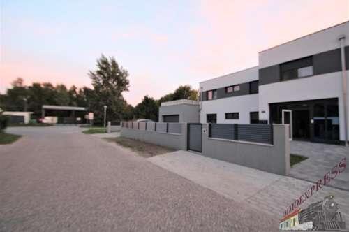 ERSTBEZUG/ Exklusive 3 Zimmerwohnung mit Terrasse/Garten in ruhiger Lage