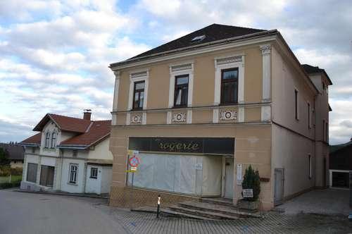 Einfamilienhaus mit Geschäftslokal