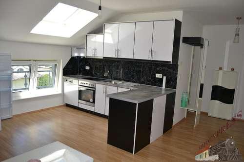 Sehr gut gelegene helle Wohnung beim Schwimmbiotop in Fischamend mit Investablöse VB 5.900,--