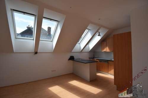 4- Zimmer- Wohnung mit 14 m² Terrasse !